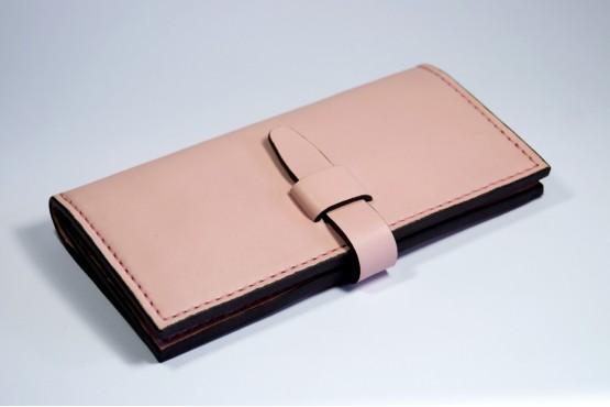RUMBA. Женский кошелек из натуральной кожи пудрового цвета